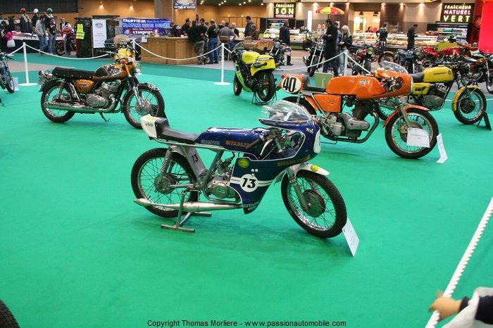 Motos anciennes 2011 au salon de la voitures anciennes for Salon retromobile lyon