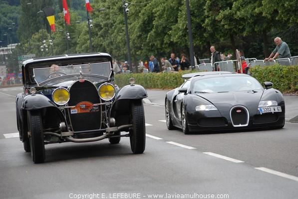 bugatti royale et bugatti veyron festival auto de. Black Bedroom Furniture Sets. Home Design Ideas