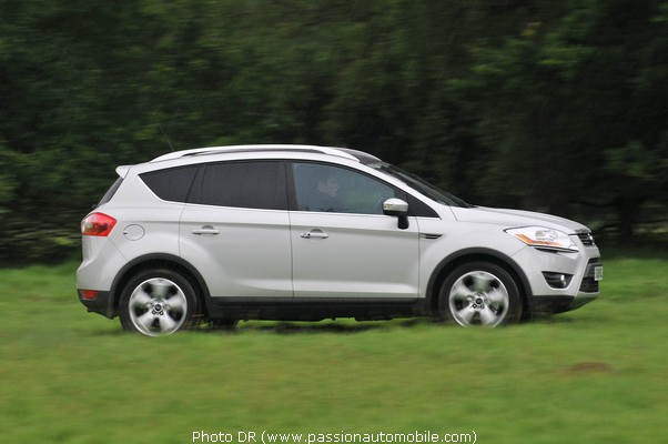Ford kuga 7 places prix