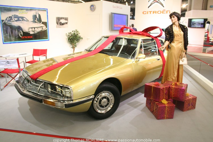 Citroen sm 40 ans en 2010 au salon retromobile 2010 for Salon retromobile lyon