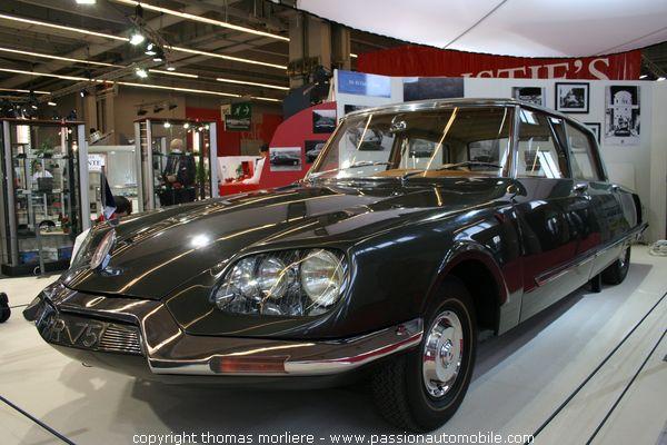Citroen ds prsidentielle 1968 au salon retromobile 2007 for Salon retromobile lyon