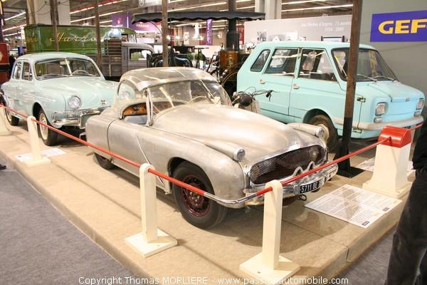 la voiture hybride de monsieur auguste gonnet 1952 rtromobile 2009. Black Bedroom Furniture Sets. Home Design Ideas