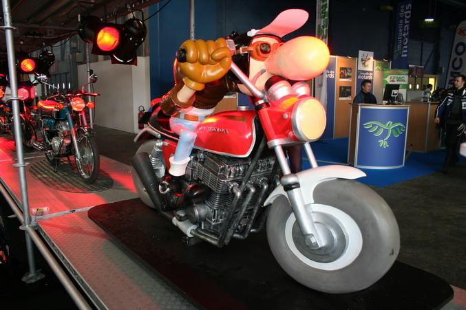 Honda bande dessinee salon 2 roues lyon 2007 - Salon 2 roues lyon ...