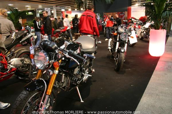 ducati moto salon moto de lyon 2008. Black Bedroom Furniture Sets. Home Design Ideas