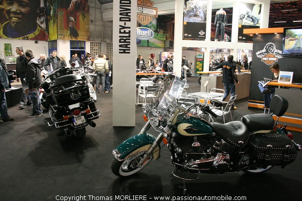 moto harley davidson salon de la moto de lyon 2009. Black Bedroom Furniture Sets. Home Design Ideas