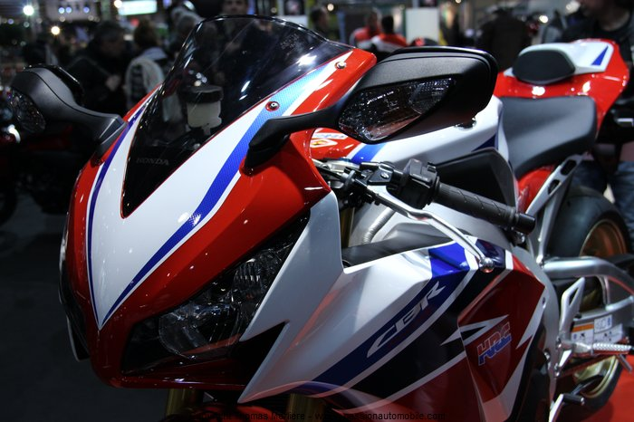 honda cbr 1000 rr sp 2014 au salon 2 roues moto de lyon 2014. Black Bedroom Furniture Sets. Home Design Ideas