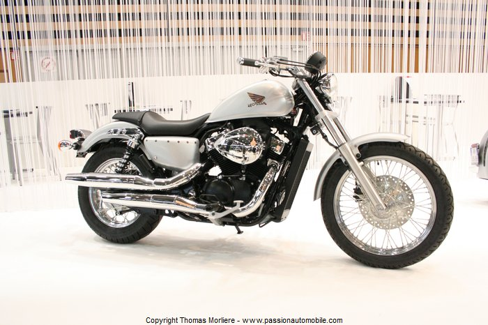 honda moto 2011 salon moto de lyon 2011. Black Bedroom Furniture Sets. Home Design Ideas