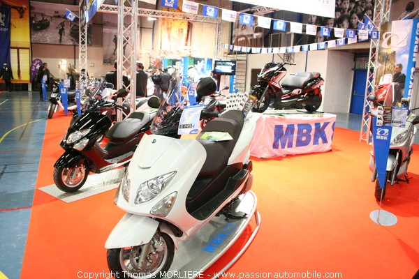 mbk au salon moto de lyon 2009. Black Bedroom Furniture Sets. Home Design Ideas