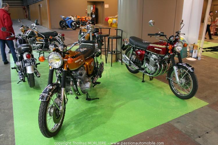 moto honda anciennes salon 2 roues de lyon 2010. Black Bedroom Furniture Sets. Home Design Ideas