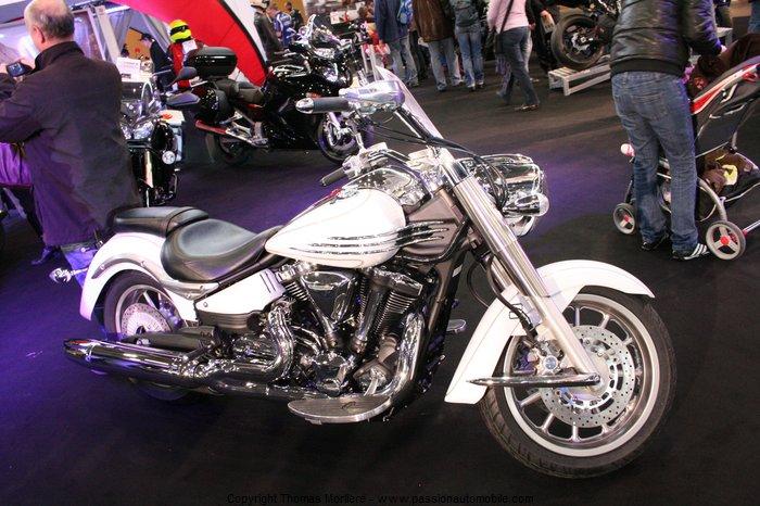 yamaha moto 2011 au salon de la moto de lyon 2011. Black Bedroom Furniture Sets. Home Design Ideas