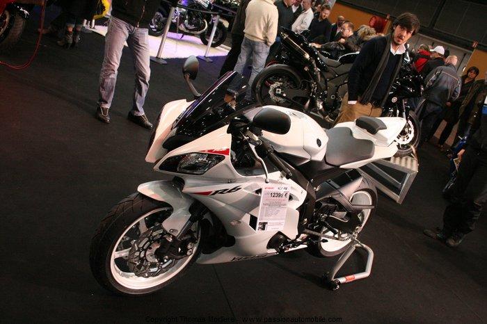 moto les 2 roues yamaha id e d 39 image de moto. Black Bedroom Furniture Sets. Home Design Ideas