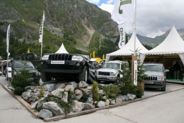 jeep au salon 4x4 val d 39 is re 2007. Black Bedroom Furniture Sets. Home Design Ideas