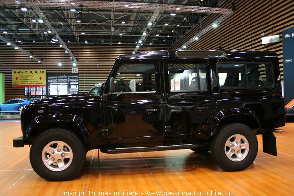 land rover defender les 4x4 au salon auto de lyon 2007. Black Bedroom Furniture Sets. Home Design Ideas