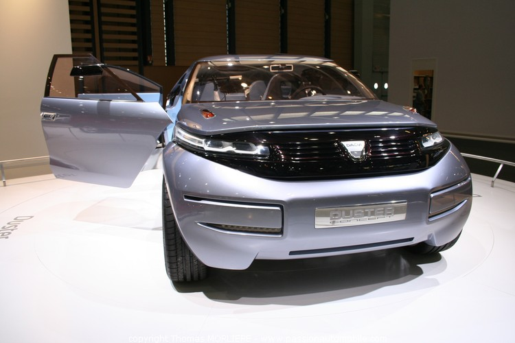 dacia duster concept 2009 au salon auto de lyon 2009. Black Bedroom Furniture Sets. Home Design Ideas