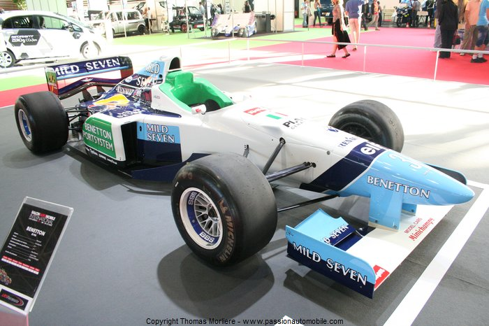 formule 1 benetton b196 1996 salon automobile de lyon 2011. Black Bedroom Furniture Sets. Home Design Ideas