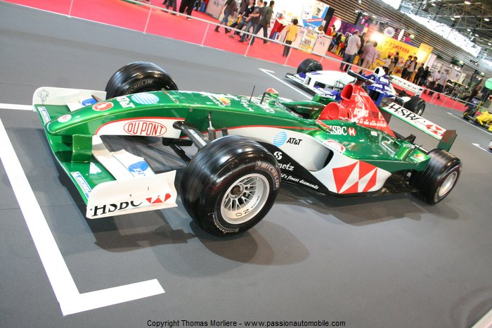 formule 1 jaguar r3 2002 salon automobile de lyon 2011. Black Bedroom Furniture Sets. Home Design Ideas