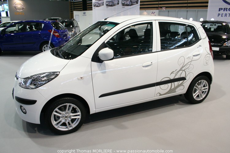 Hyundai i10 2009 salon de l 39 auto de lyon for Salon de l auto a lyon