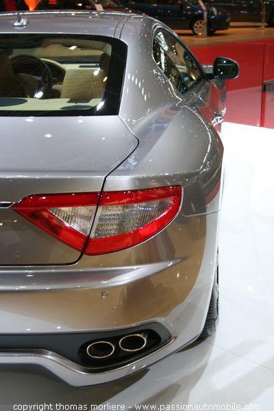 Maserati granturismo gt salon automobile de lyon 2007 for Salon automobile de lyon