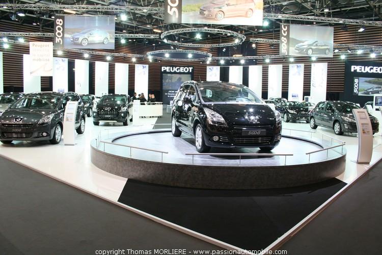 stand peugeot salon de l 39 auto de lyon. Black Bedroom Furniture Sets. Home Design Ideas