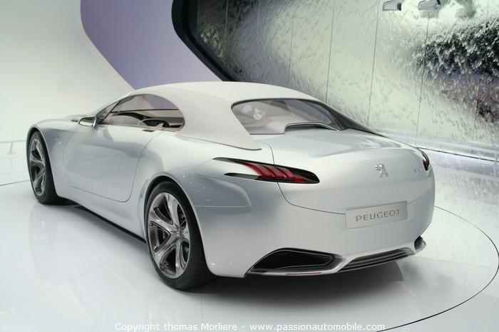 Amazing Peugeot SR1 concept-car 2010 (Salon de Geneve 2010) 700 x 466 · 62 kB · jpeg